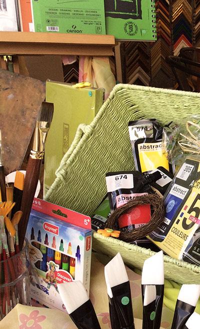 Rám pro Art nabízí mnoho značek výtvarných potřeb